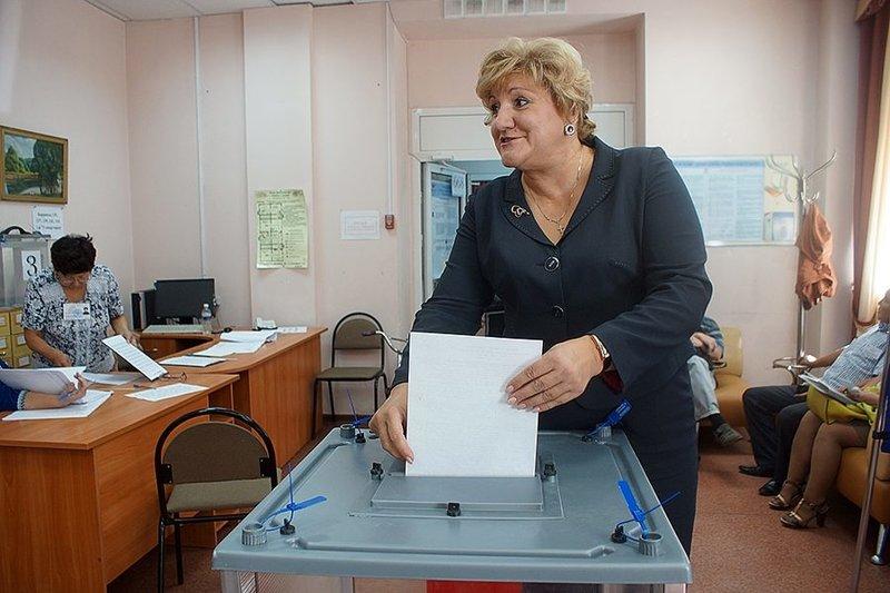 Яна Ушакова
