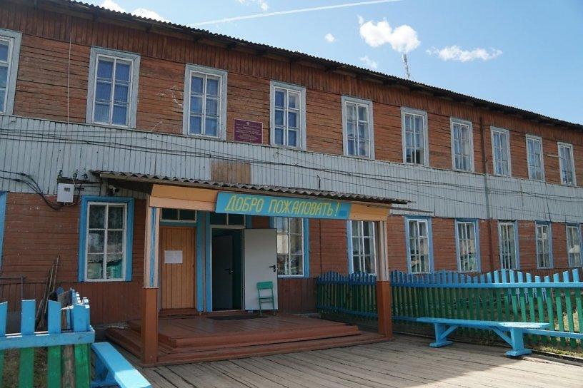 Кобзев попросил у мэра Москвы деньги на строительство школы в Алыгджере