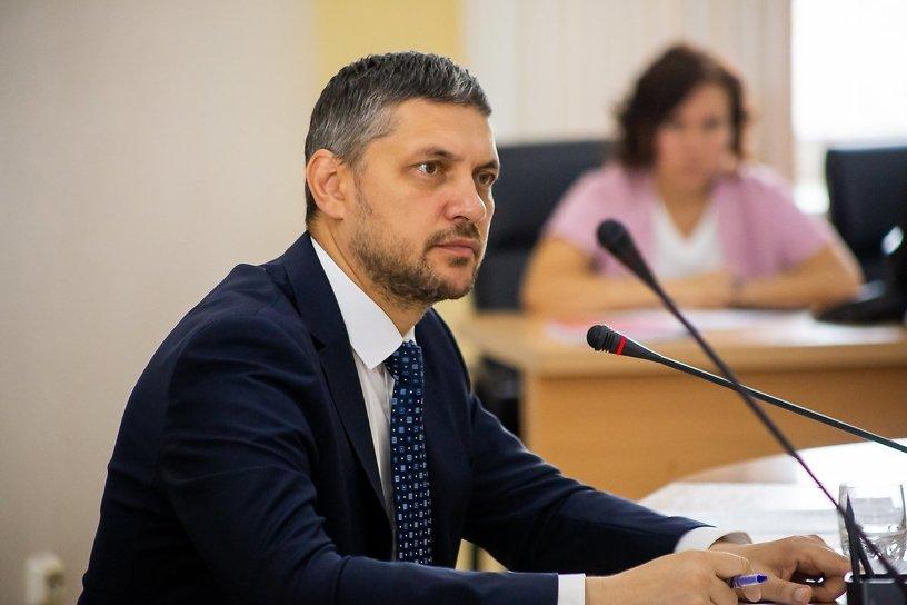 Осипов предложил предусмотреть Уставом края порядок снятия муниципальных глав