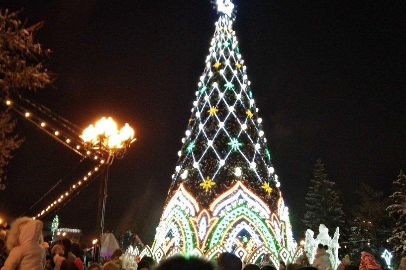 Второй каток и увеличенная лыжня появятся на площади Ленина в Чите к Новому году
